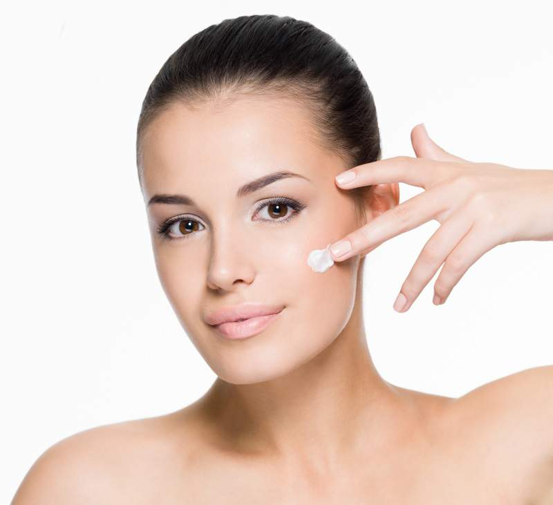 The Top 8 Anti-Aging Ingredients Your Skin Needs