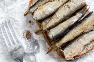 10 superfoods for your skin sardines