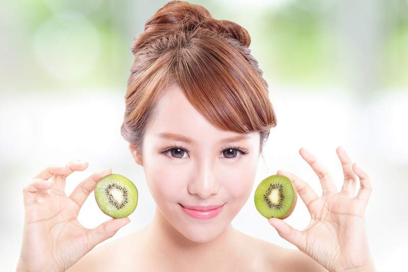 10 Superfoods for Your Skin