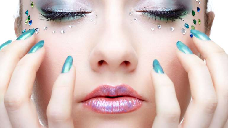 10 Beauty Hacks for the Lazy Girl